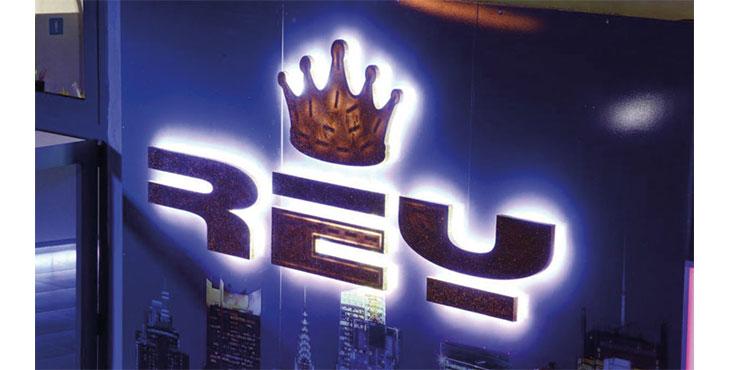 logo rey music club pozzuoli